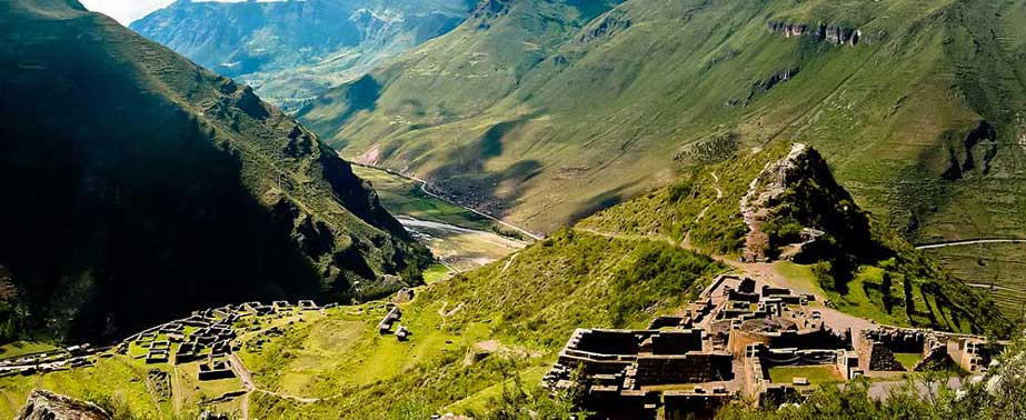 Day 4 : Tour Sacred Valley of the Incas - Archaeological Park of Pisac